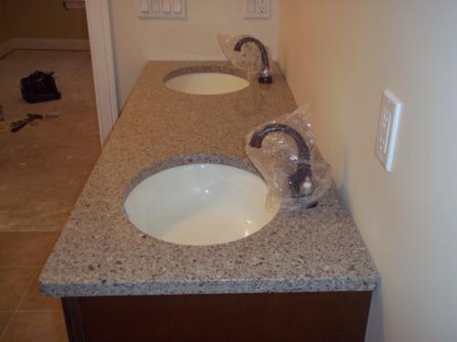 granite-vanity-100_0440