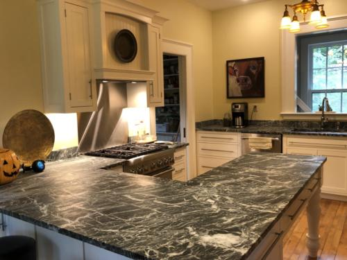 soapstone-kitchen-countertop-IMG_6796